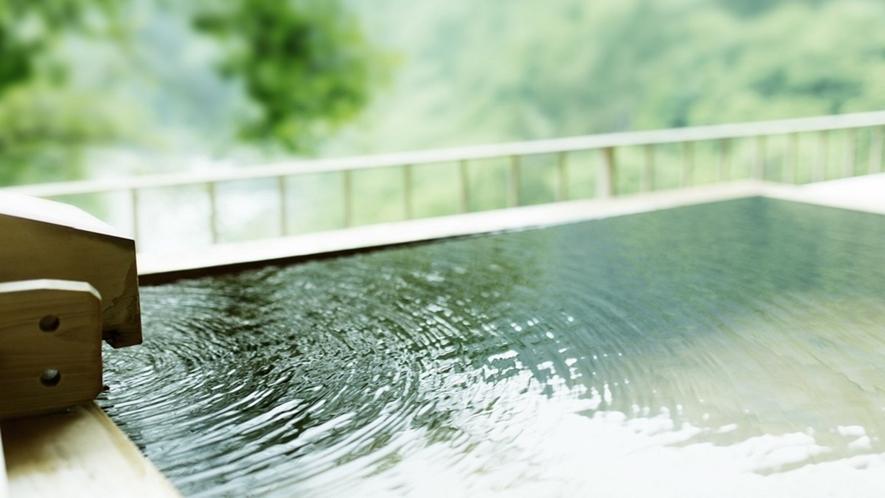 露天風呂付客室(和洋室A・B・ツイン・ダブル)新緑の湯面