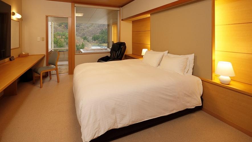 露天風呂付客室(クイーンサイズダブルベッド) 40平米