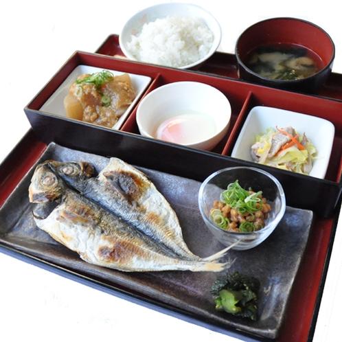 【和食】ご朝食「鯵の干物定食」はザ・おふくろの味