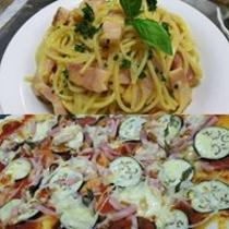 カルボナーラと特製ピザ