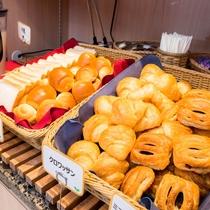 朝はパン派のお客様も安心!!