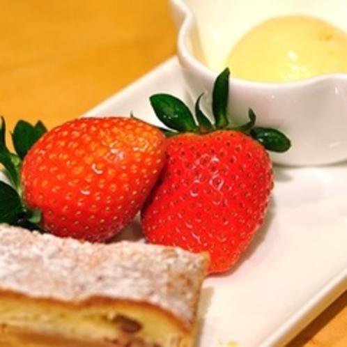 【デザート】*好評*チーズケーキ、チョコレートケーキ、クレープなどレパートリーも豊富