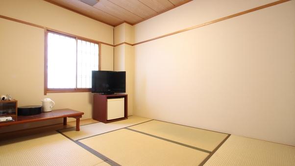 【喫煙】和室6畳(ユニットバス付き)