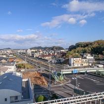 *【屋上からの景色】阿南市の街並みが眺められます