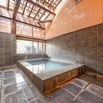 *【岩の湯】異なる貸切風呂は4種類ご用意。何度でもお入りいただけます♪
