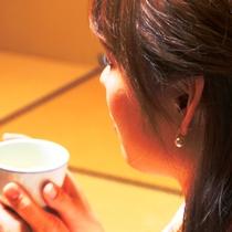 【客室】お茶のご用意、もちろんございます。まずは一息。