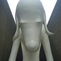 県立美術館あおもり犬