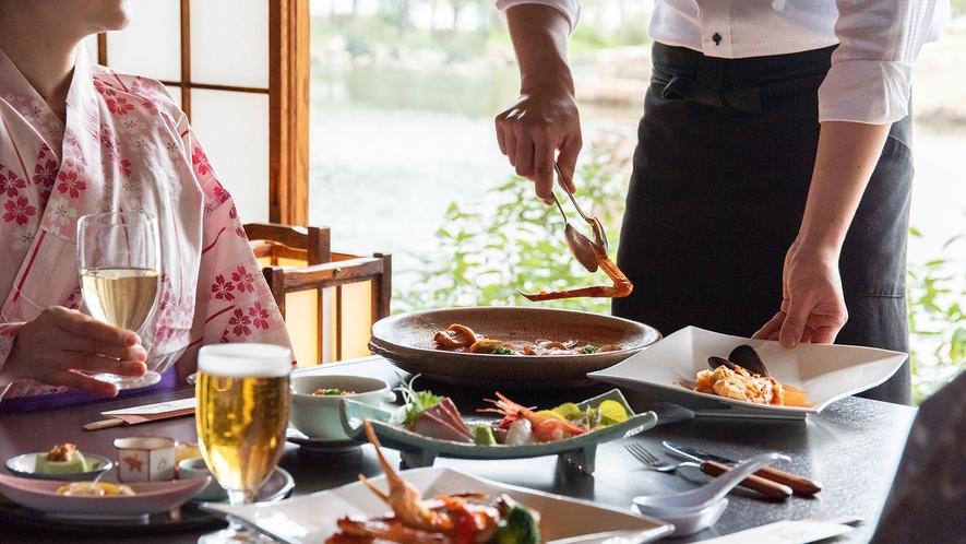 *【夏季・豪華会席】夏季の人気メニューアクアパッツァでは夏でも蟹をお楽しみいただけます。
