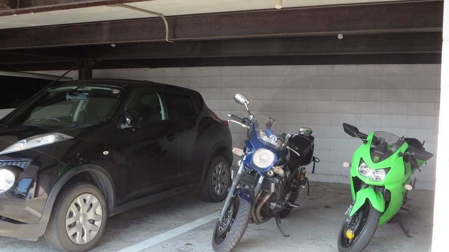 *【屋根付き駐輪場】当館はバイカーさん向けに屋根付きの駐輪場のご用意がございます。(※台数限定)