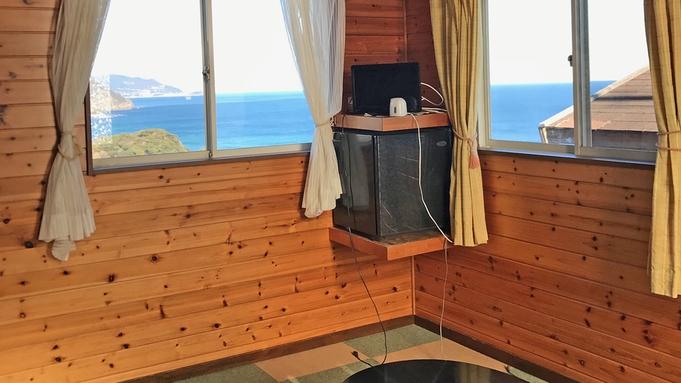 ピンクのコテージ106号室、バス・トイレ・ミニキッチン付。角部屋海眺望!