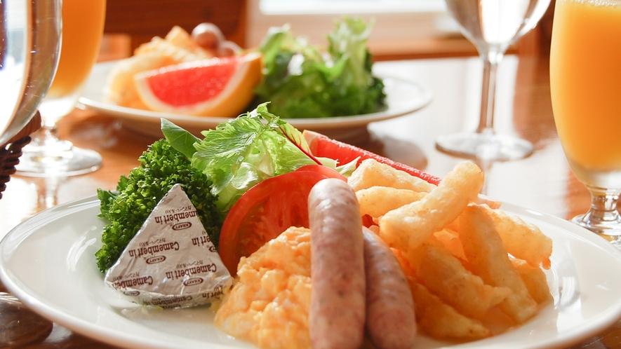*[朝食一例]清々しい朝は美味しい朝食からしっかり食べて元気にお過ごしください。