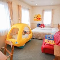 *[ツイン+子供用車型ベッドルーム一例]子供用ベッドが人気のお部屋!1室限定なのでご予約はお早めに。