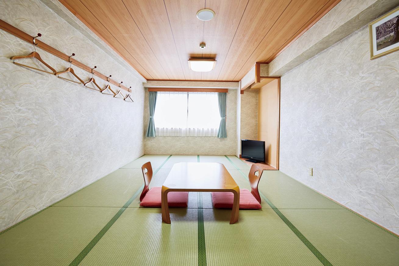 和室(全室バス・トイレ付き)