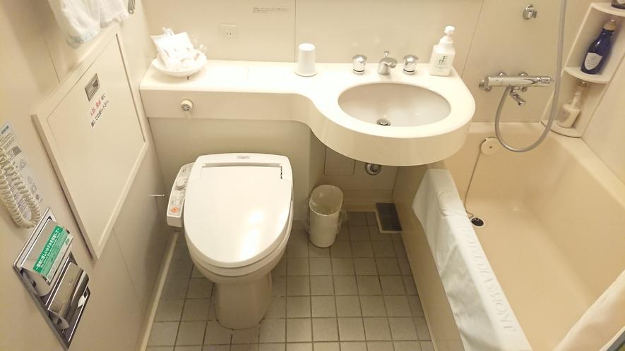 シングルルーム(セミダブルルーム)のバスルーム