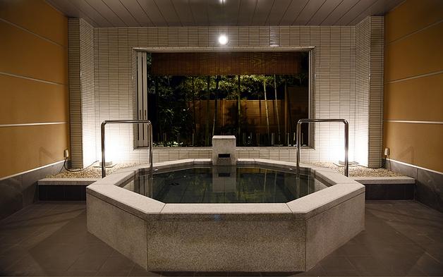 【個室ダイニング】旅館の朝食と8つの家族風呂を愉しむ休日