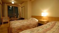 スーペリア和洋室(和室10畳+ツインルーム 5〜6階)