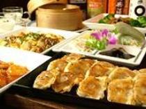 《ご夕食》地下1階「餃子屋台」 全9品 本格中華コース(一例)