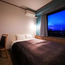 ◆リニューアルクイーンダブル16平米◆ベッドは堂々160㎝幅。