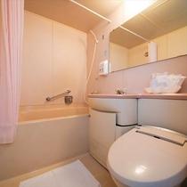 ■ユニットバス■シャンプー・リンスボディソープを備えた客室ユニットバス(温水洗浄便座付トイレ完備)