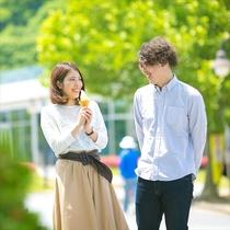 -千波湖-メロンの生産量日本一の茨城★メロンアイス片手に彼女も上機嫌♪お散歩コースにオススメ♪