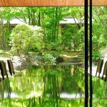 3階 宴会場 和室の朝日の間 (日本庭園を眺められます)
