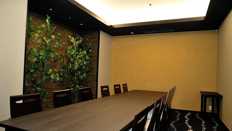1階「日本料理 胡蝶」胡蝶個室は計4室ございます(別途料金)写真は『2の間』