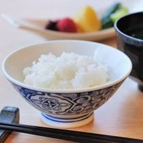 コシヒカリは、越後長岡の定番ブランド「ひかり一番地」をご用意♪(朝食ブッフェ)