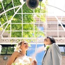結婚式会場 中庭パティオ