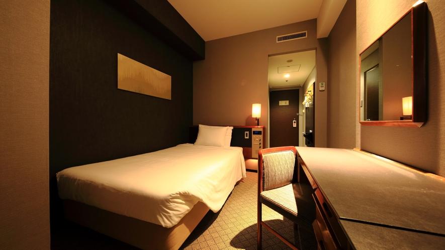 スタンダードシングルルーム(一部)広さ:16平米 ベッド幅:200cm×110cm