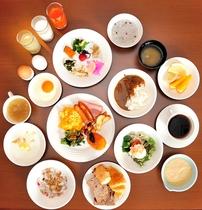 朝食ブッフェは和食も洋食も種類豊富に取り揃えております(朝食ブッフェ)