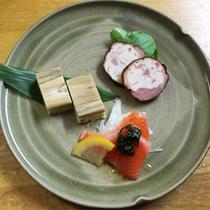*[正月料理一例]信州サーモンマリネ他お酒に合うオードブル