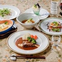 *[夕食一例]当館の自慢!お箸で食べる洋食フルコース