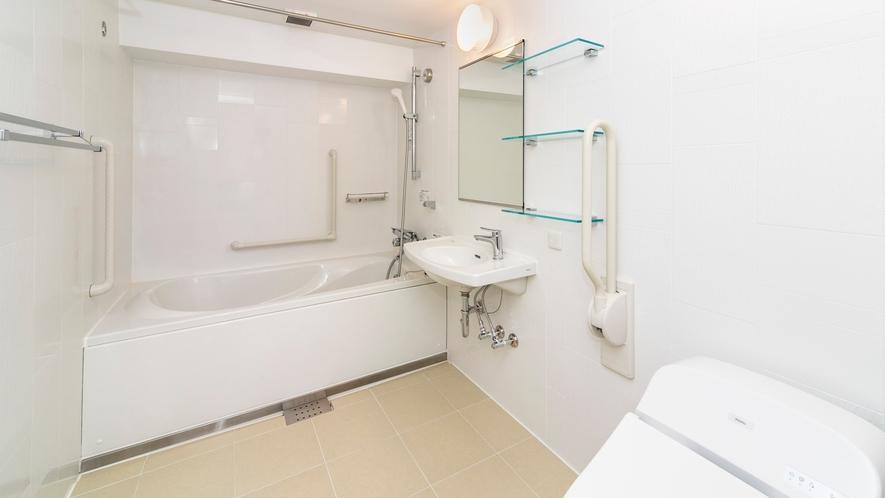 ■客室デラックスツイン禁煙室 -バスルーム- ユニバーサルデザイン