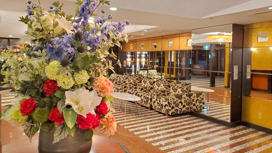 ■アパホテル〈京都駅前〉1階ロビー