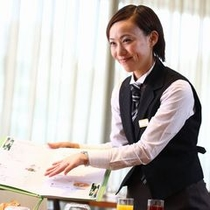 【レストランサンシエロ】スタッフ
