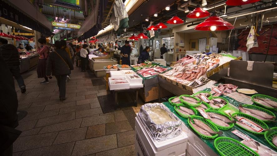 近江町市場 (写真提供:金沢市)