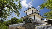 金沢城・石川門(夏)