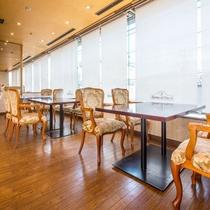 アパホテル<小松グランド> 朝食レストラングランドホスト店内