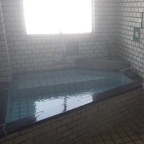 *【女湯】尾瀬戸倉温泉の独特の湯質をお楽しみください。