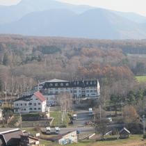 *周辺景色/菅平高原の美しい紅葉に包まれる当館