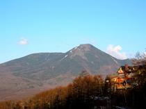 蓼科山と山岳ホテル