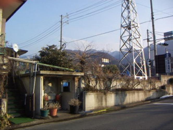 当館の源泉。星川橋近く。湯田中大湯と同じ源泉です。