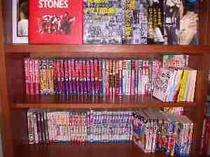 コミック本、ロック雑誌、プロ野球、、、。お部屋でお読みください。
