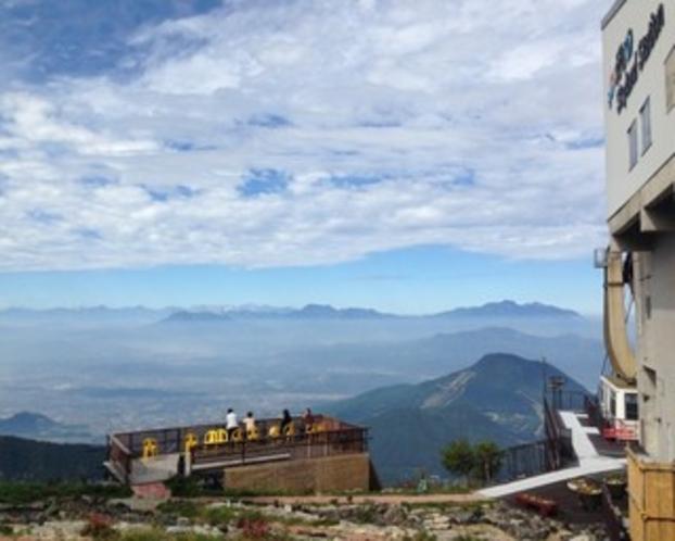 竜王高原、山頂からの眺望。