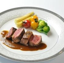 夕食 ステーキ 1