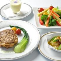 夕食コース一例 4