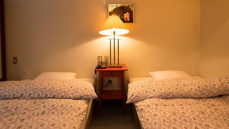 【201】コンパクトスイート ヨーロピアンテイスト溢れる個性的なお部屋です。