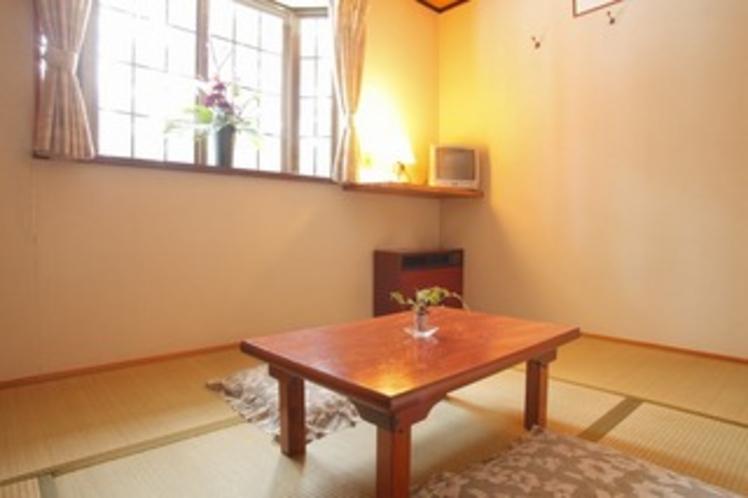 両隣に客室のない10畳の和室【かたくり】