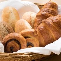 ◆焼き立てパン◆毎日焼き立てのパンで、会場中に香ばしい香り。。。
