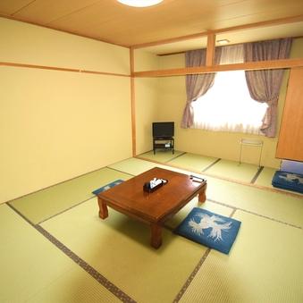 【全室禁煙】和室10畳(バス・トイレ共同)